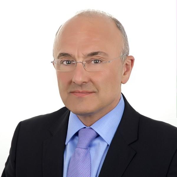 Josep Carles Oliva MonfarSocio Director